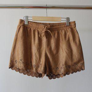 Garage Brown Shorts Size Medium